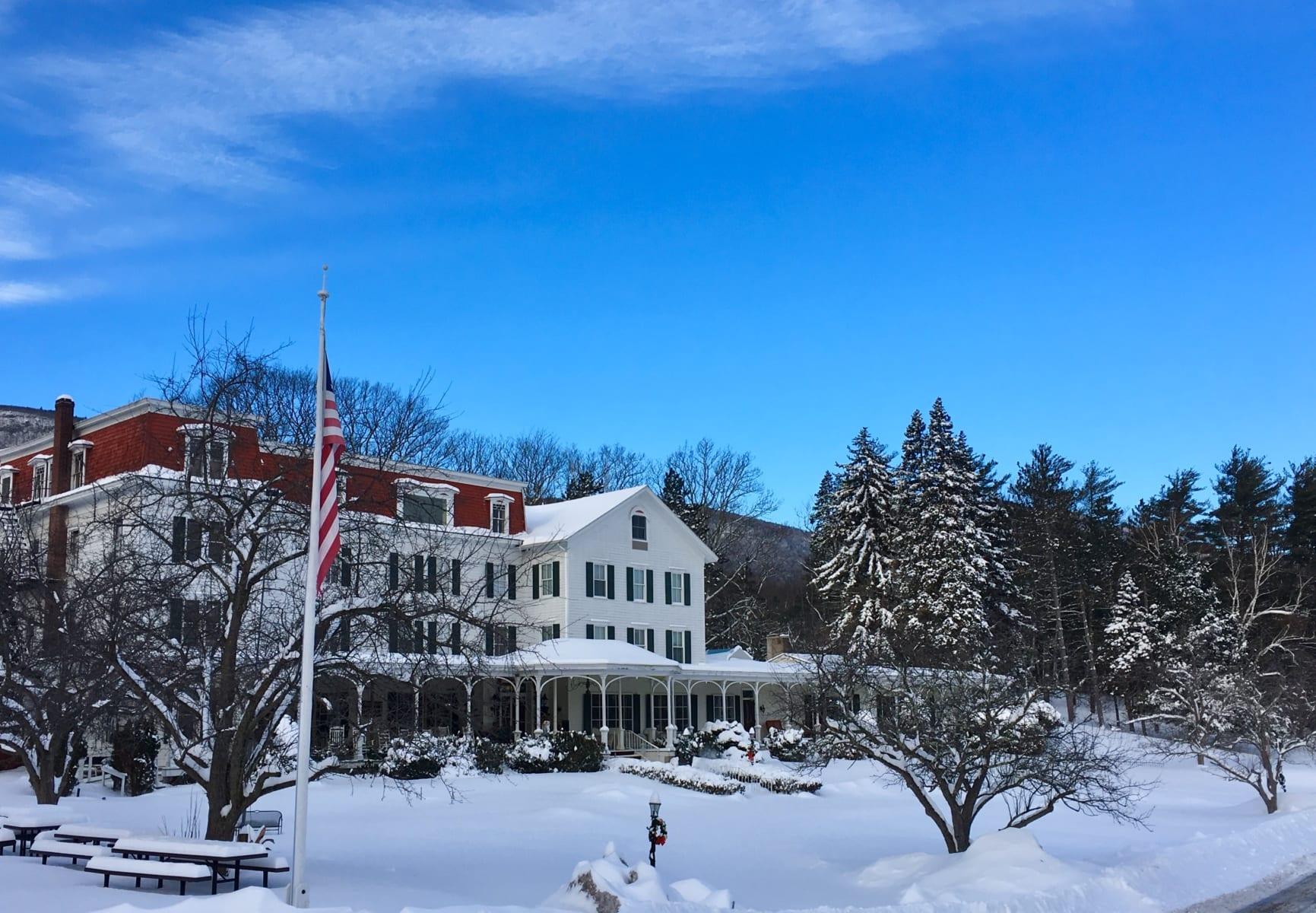 Colonial style resort after Catskills winter storm